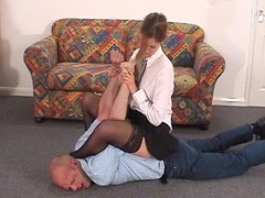 Dominatrix traps her man