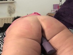 Large aged slut likes to acquire an orgasm