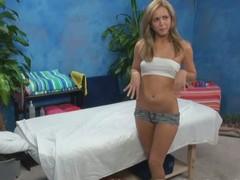Our hidden listen in cameras in violation Ashley put emphasize massage therapist gigantic more than a massage!