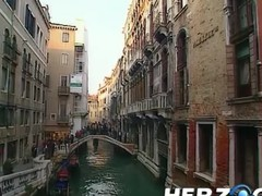 Heidi goes into Venice for a gingerbread threesome