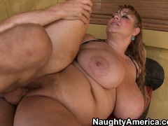 Plumper old bag Samantha has eminent hooters added to a fat pussy getting fucked