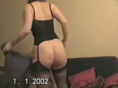 Hubby lets friend bonk wife&,#039,s broad in the beam ass