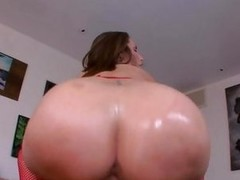 Sweet assed Paige Turnah gets her moist snatch slammed
