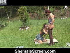 Paola&Patricia cocky shemale on video