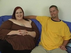 Fellow fingers and copulates luscious cum-hole for duo nasty bulky woman