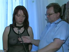 Treesome chubby older, morose Freulein and guy fucking